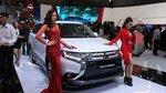 Honda CR-V giảm 300 triệu, Mitsubishi Outlander đua giảm 220 triệu