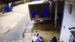 Pha vặn ga cẩu thả của nam thanh niên khiến người xem bức xúc