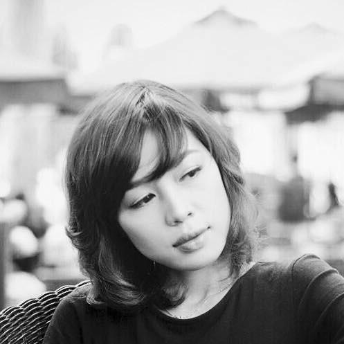 Ảnh đời thường của bạn gái 'người đàn ông thời sự' Quang Minh