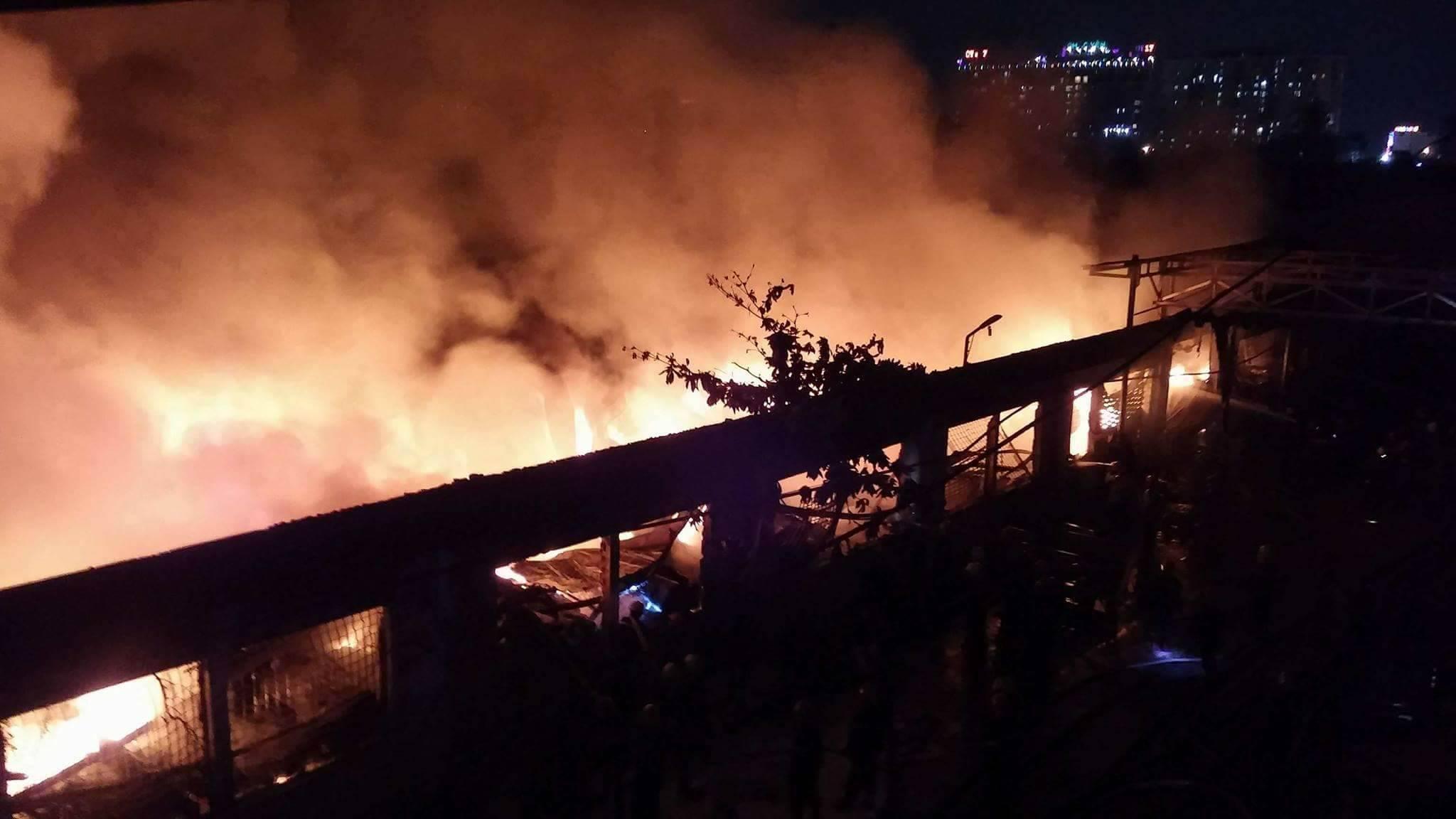 Cháy lớn tại Khu công nghiệp Tân Bình