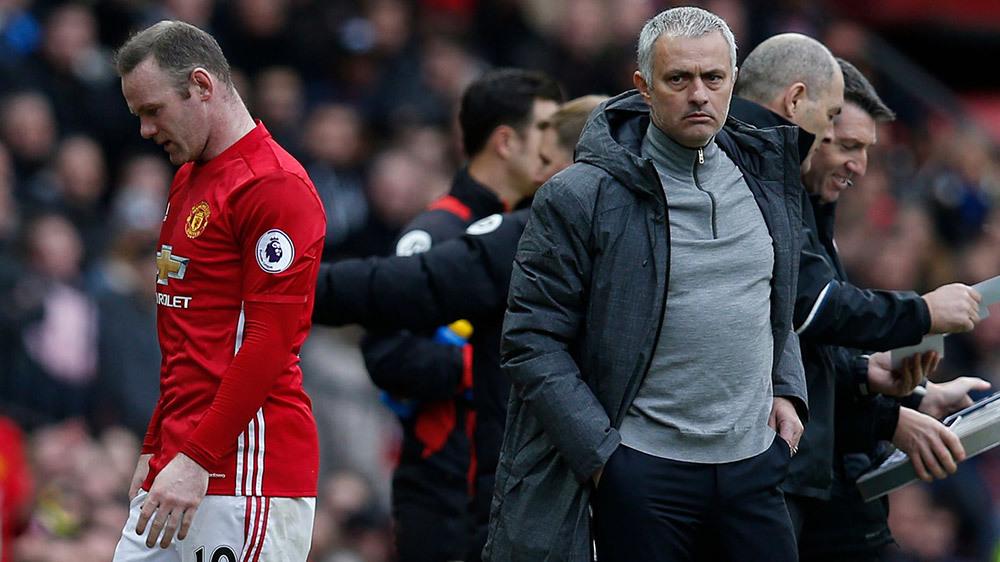 Rooney gặp lại MU: Trở về làm 'người phán xử' Mourinho