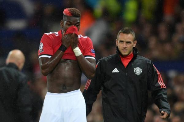 MU nhận tin sét đánh: Mất Paul Pogba đến hết năm
