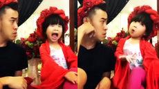 Hai bố con nhại giọng Việt Hương vô cùng bá đạo
