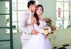 Đám cưới ngọt ngào diễn ra sau khi 'con trai 7 tuổi đưa mẹ đi tìm chồng mới'