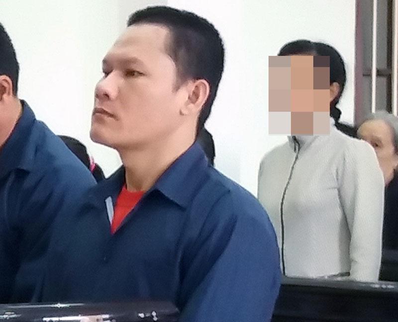 20 năm tù cho người cha giở trò đồi bại với con gái