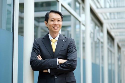 CEO Bảo hiểm AVIVA VN: 'Đến muộn không có nghĩa đứng sau'