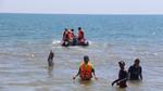 Giám đốc Ban quản lý cảng cá xuống biển tắm rồi mất tích