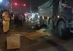 Vợ khóc ngất chứng kiến chồng bị xe ben cán chết ở Sài Gòn