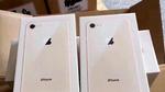 Lộ diện loạt iPhone 8 nguyên hộp trước ngày lên kệ