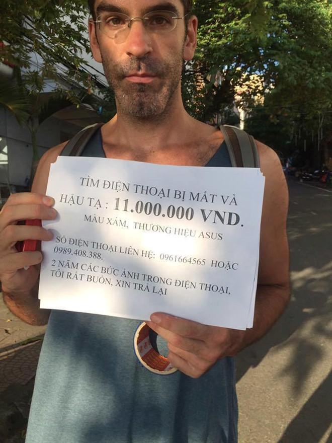 Du khách Mỹ hậu tạ 11 triệu cho ai tìm thấy điện thoại bị mất ở Cát Bà