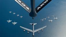 Chùm ảnh lột tả sức mạnh của Không lực Mỹ