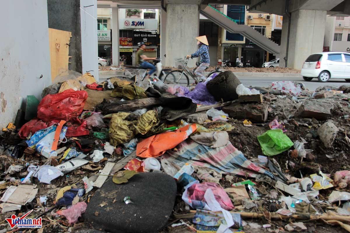 Cảnh khủng khiếp dưới gầm công trường đường sắt Cát Linh-Hà Đông