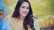 Khó rời mắt trước vẻ gợi cảm của Hoa hậu cao nhất Việt Nam