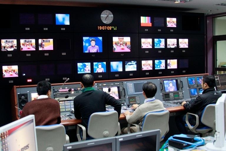 Thông tin Truyền thông, Viễn thông, CNTT, Truyền hình, Internet