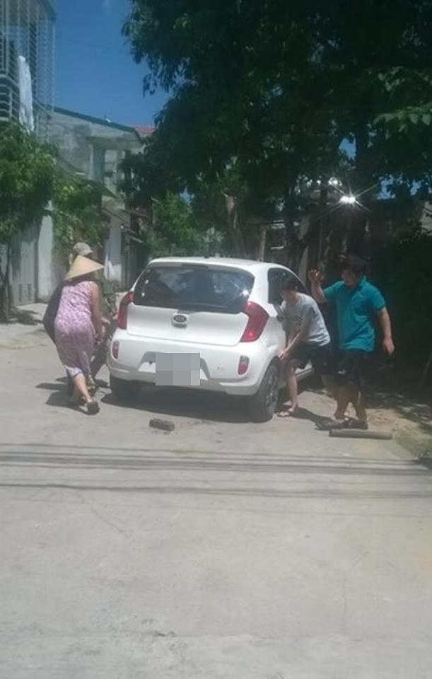 đỗ xe, đỗ ô tô, đỗ xe vô ý thức