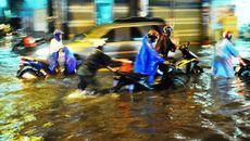 Dự báo thời tiết 21/9: TP.HCM mưa to, đề phòng lốc xoáy