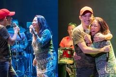 Quang Hà ôm chặt Siu Black trên sân khấu