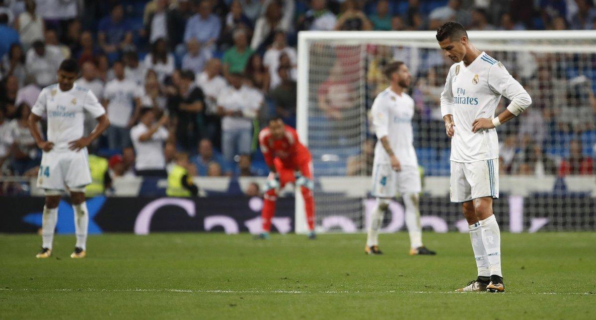 Ronaldo tịt ngòi, Real thua bẽ bàng trên sân nhà