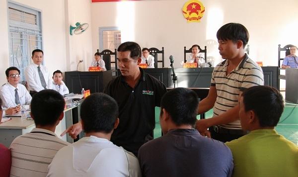 Nhóm bảo vệ công ty Long Sơn truy sát dân lãnh 44 năm tù