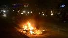 Xe máy bốc cháy thành than trên đường Hà Nội