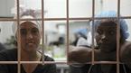 Bên trong nhà hàng kỳ lạ do các nữ tù nhân phục vụ