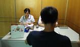 Người đàn ông hét lên ở phòng ADN, giải oan cho mẹ sau 30 năm