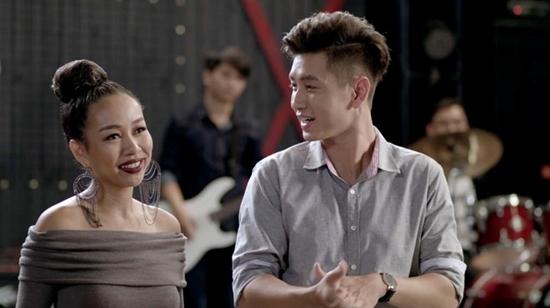 Glee Việt Nam, Angela Phương Trinh, Rocker Nguyễn