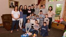Đã có 19 con, bà mẹ Anh đẻ tiếp đứa thứ 20