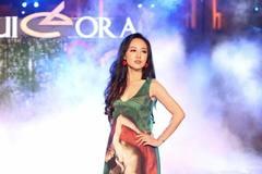 BTV Hoài Anh, Thu Hà đẹp như 'nữ thần' trên sàn catwalk