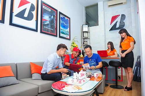 Bridgestone khai trương B-select Hoàng Hùng tại Hà Nội