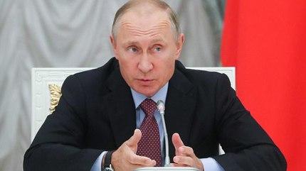 Putin lo ngại người máy thông minh sẽ chống lại loài người