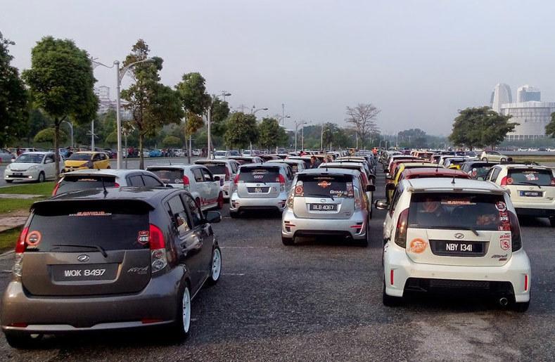 Ô tô nhỏ giá hơn 200 triệu: Cuộc đổ bộ vào Việt Nam