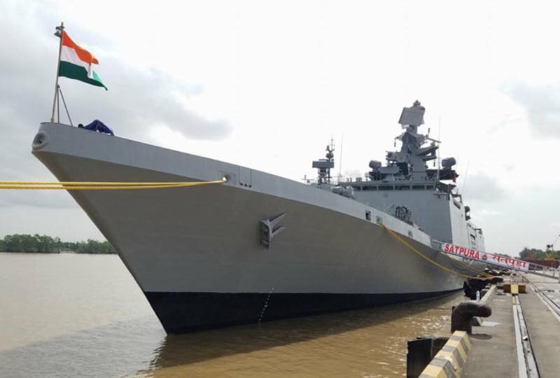 Hai tàu Hải quân Ấn Độ thăm cảng Hải Phòng