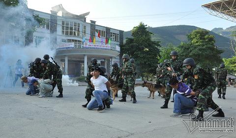 tập trận Việt Trung