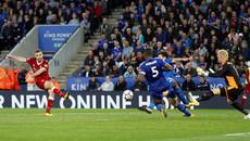 Liverpool đánh gục Leicester sau màn rượt đuổi điên rồ