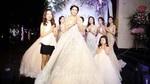 Á hậu Yan My hóa cô dâu xinh đẹp