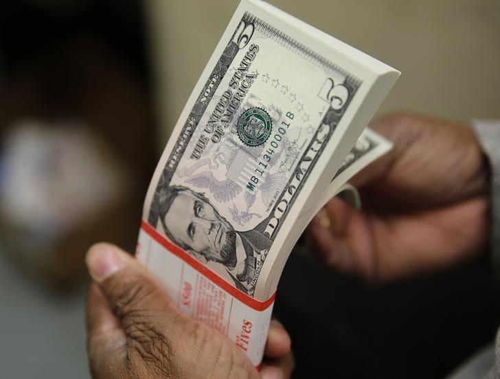 Tỷ giá ngoại tệ ngày 25/9: USD chập chừng trong lo lắng