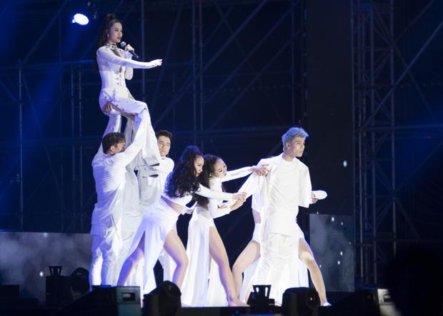 Asia Song Festival, Đông Nhi, Noo Phước Thịnh