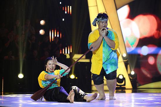 Việt Hương, Hồng Vân, Trấn Thành, John Huy Trần, bước nhảy ngàn cân