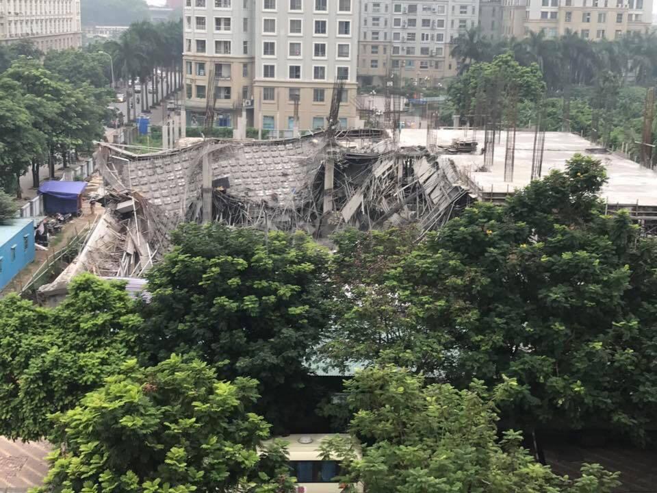 Hà Nội: Trường Mầm non đổ sập trong đêm