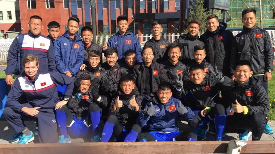 HLV Vũ Hồng Việt chỉ ra 'tử huyệt' của U16 Việt Nam
