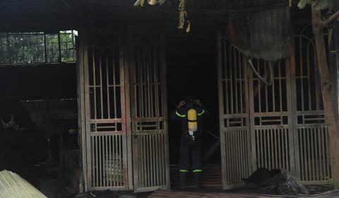cháy nhà 2 người chết