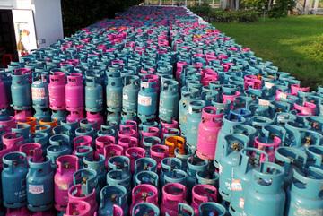 Hàng ngàn bình gas nguy cơ cháy nổ: Dân Hà Nội lo sợ