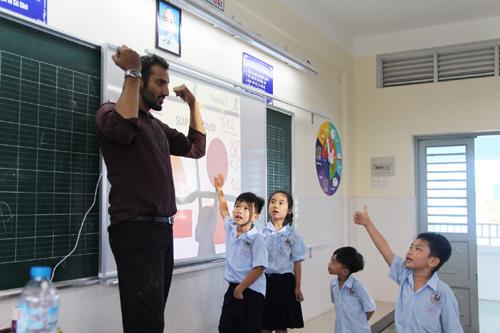 Con bạn thích giáo viên như thế nào?