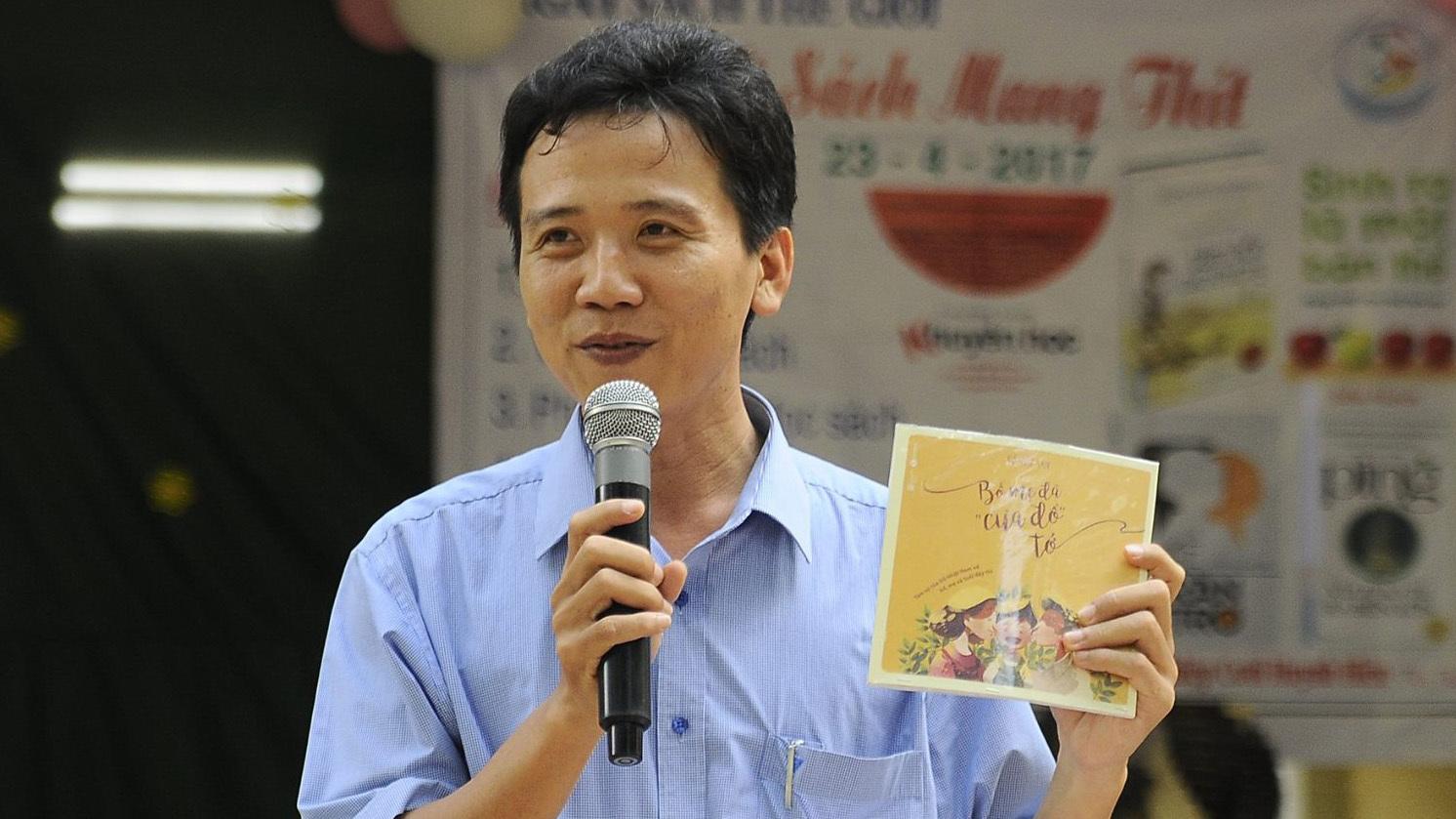Thầy giáo trường huyện quanh năm viết thư xin sách cho học trò