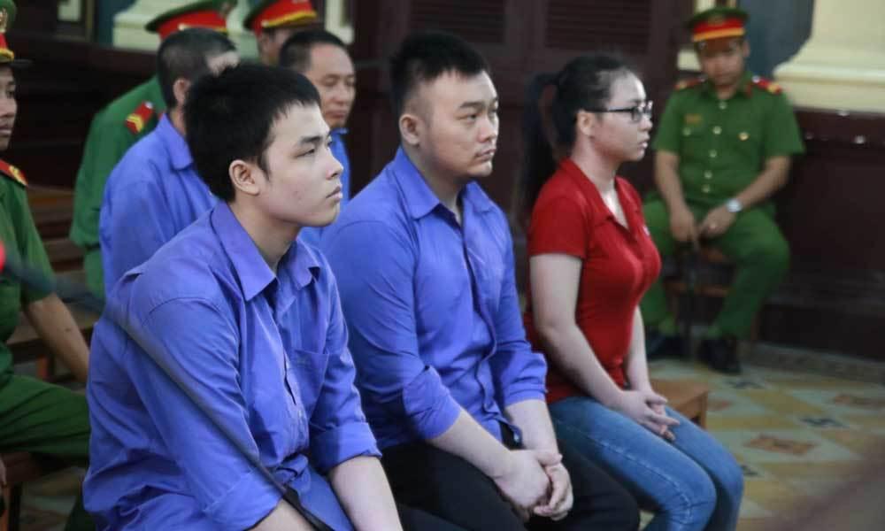 Kẻ chủ mưu tạt axít nữ sinh Sài Gòn bị tăng án