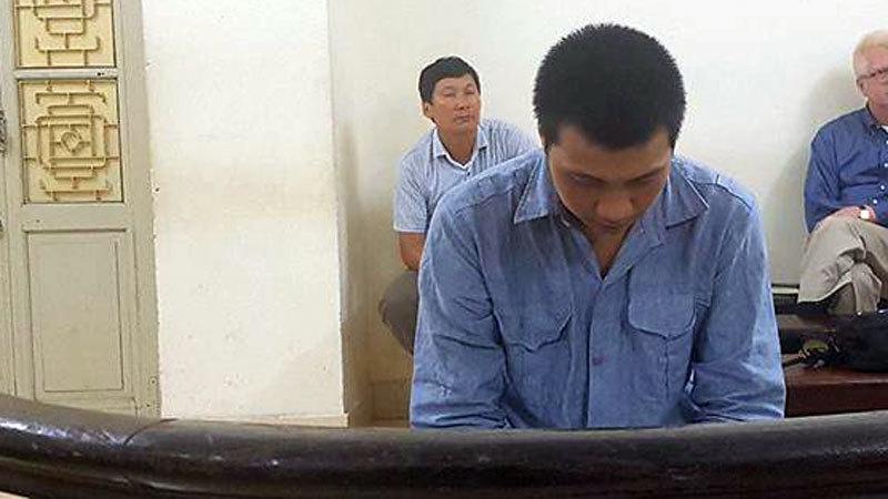 Kết đắng cho tài xế taxi hiếp dâm hành khách trên xe