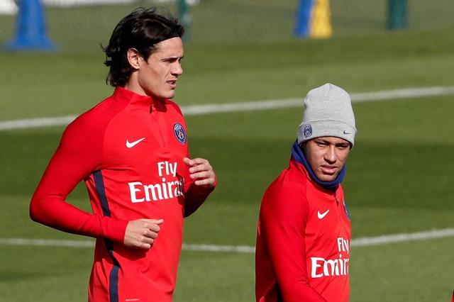 Costa 'tiễn' Griezmann sang MU, Cavani gây hấn Neymar