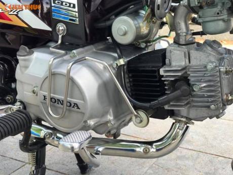 Xe máy Honda Dream II biển 'khủng' giá 200 triệu tại Hà Nội