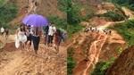 Cô dâu chân trần lội bùn, vượt đường đồi núi về nhà chồng